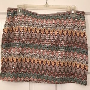 Very cute skirt with sequins
